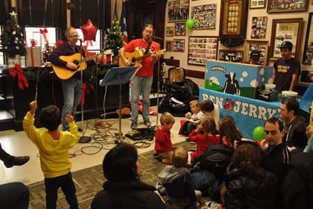 Holiday Family Concert at the Fire Department Museum @  Fire Department Museum